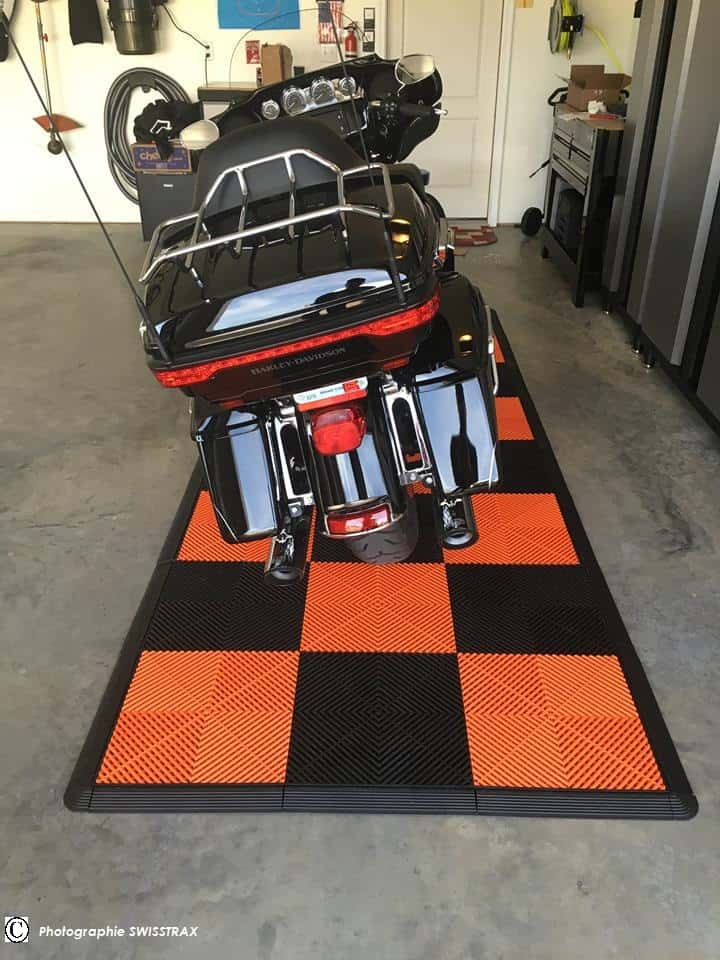 La dalle de sol pour harley davidson votre garage passion for Amenagement garage moto
