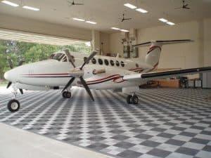 sol pour hangar aviation
