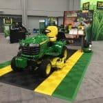 tapis exposition tracteur