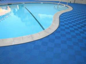 dalles de sol pour piscine