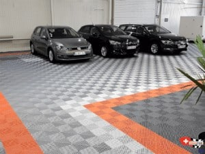 revêtement de sol showroom automobile