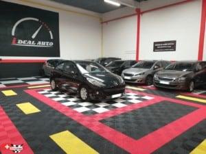 showroom automobile