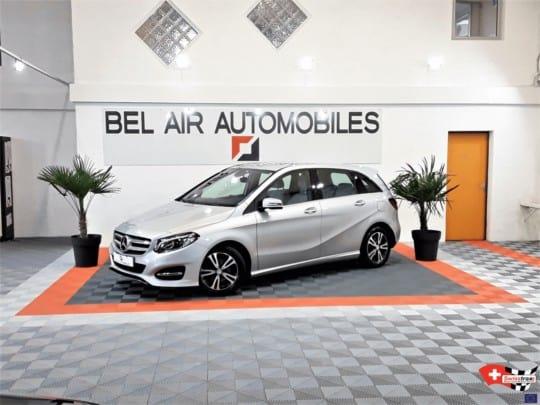 sol-pour-showroom-automobile